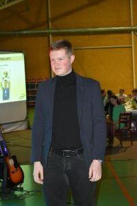 laureāts (44)